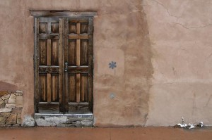 Pueblo_door_050130-300x199